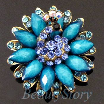 Item  1 pc antiqued rhinestone peacock brooch pin